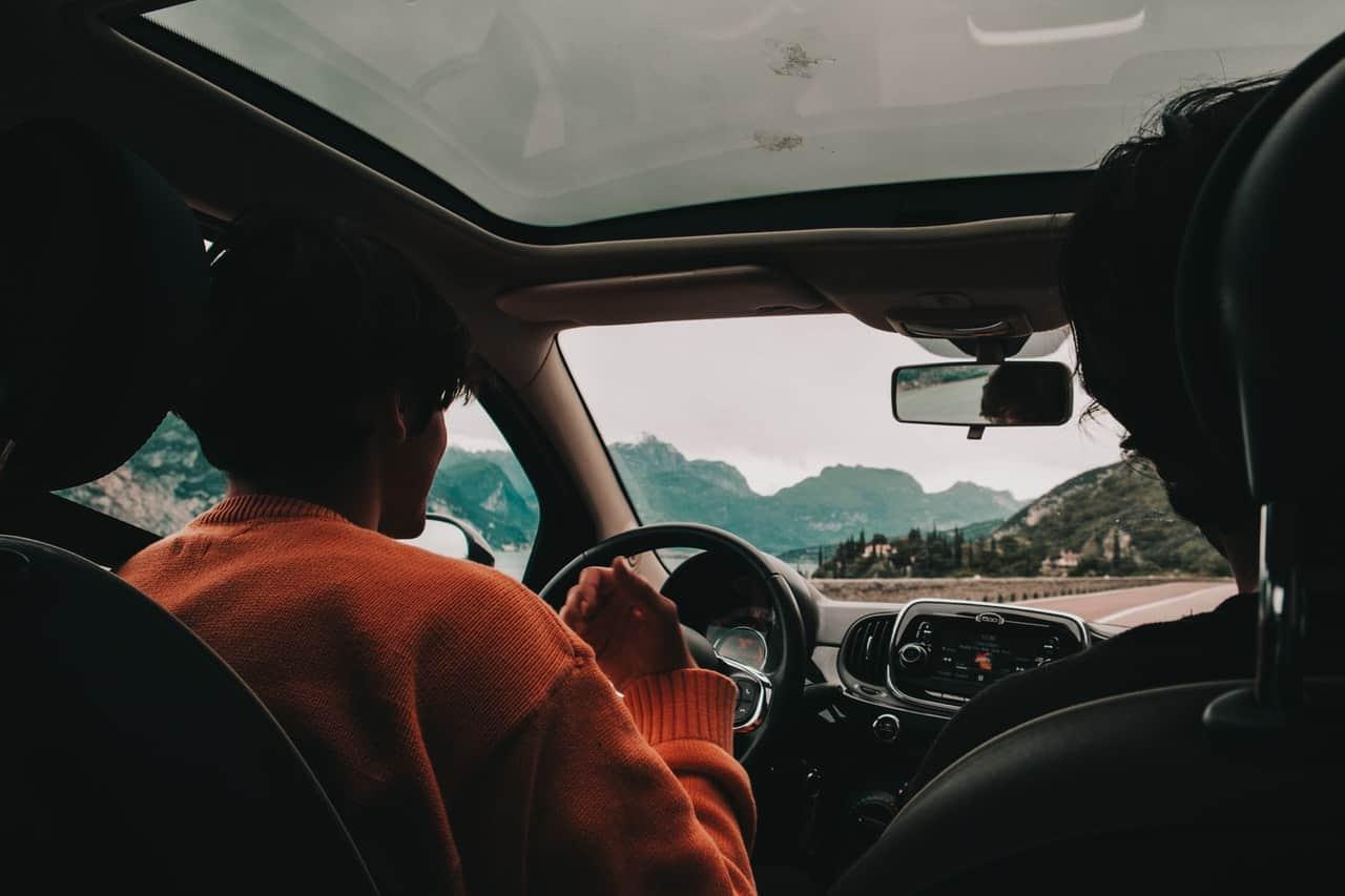 car-drive-driver-2608372